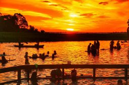 Balneários e trilhas aquáticas são opções para turista se refrescar do calor da Ilha Tupinambarana