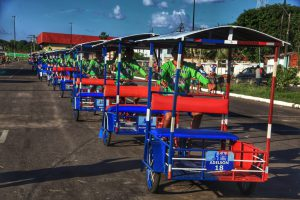 Triciclo parintinense: veículo sustentável aprovado pelos turistas
