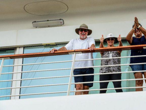 Navio M/S Viking Sun com 1,3 mil turistas abre Temporada de Cruzeiros no Amazonas