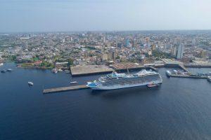 M/S Marina aporta em Manaus pela primeira vez com mais de 2 mil turistas